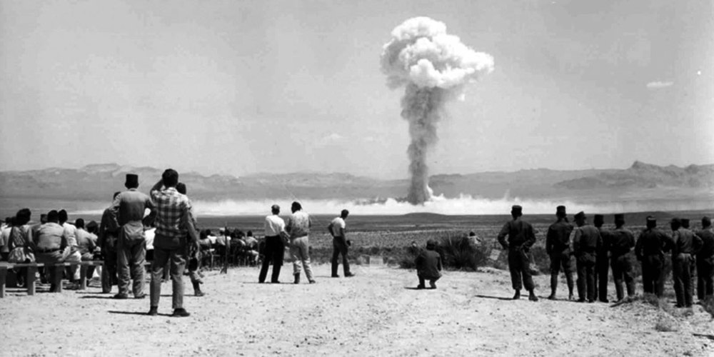 """Test taktycznej broni jądrowej """"Small Boy"""" na poligonie testowym w Nevadzie, 14 lipca 1962 r."""
